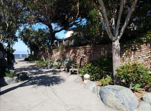Brown's Park Laguna Beach LagunaBeachCommunity.com