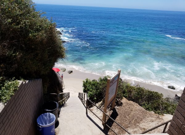 stairs leading to Moss Point Laguna Beach