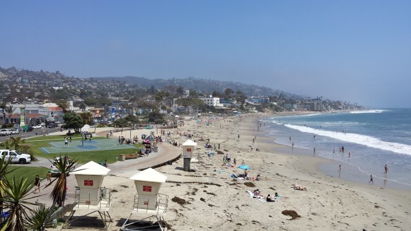 Orange County Coastal Cleanup at Main Beach